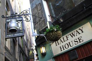 beers at the Halfway House - Edinburgh, Scotland