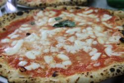 L'Antica Pizzeria Da Michele - Naples,